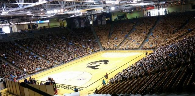 CU Boulder students attending new student convocation.